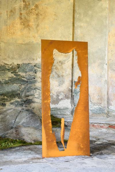 l'ombra del lupo - scultura (foto di Nicola Dell'Aquila)
