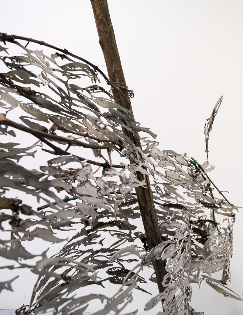 ATTRAVERSO, dettaglio della scultura (foto di Nicola Dell'Aquila)