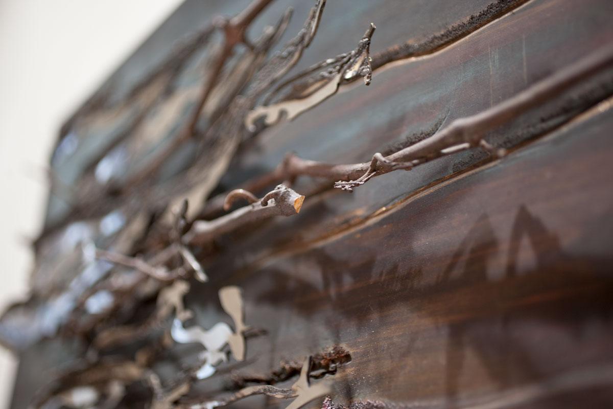BALUGINA, dettaglio scultura. taglio laser in inox e fusione in bronzo ossidato, 45x60cm, 2018